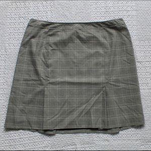 Checkered Ladies skirt
